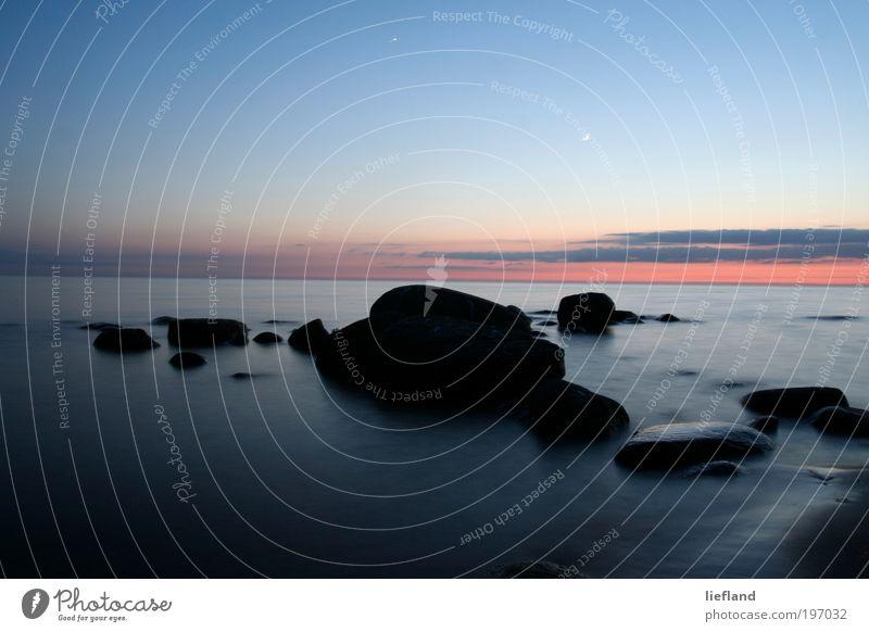 Ostsee bei Abend Natur Wasser Himmel ruhig Einsamkeit Ferne Erholung Stil träumen Stein Landschaft Stimmung Küste Umwelt Horizont Nachthimmel