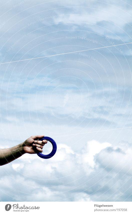 Die Leine nicht aus der Hand geben! Himmel Ferien & Urlaub & Reisen Wolken Spielen Wind Kraft Freizeit & Hobby Arme Ausflug Flugzeug Erfolg Lifestyle Macht