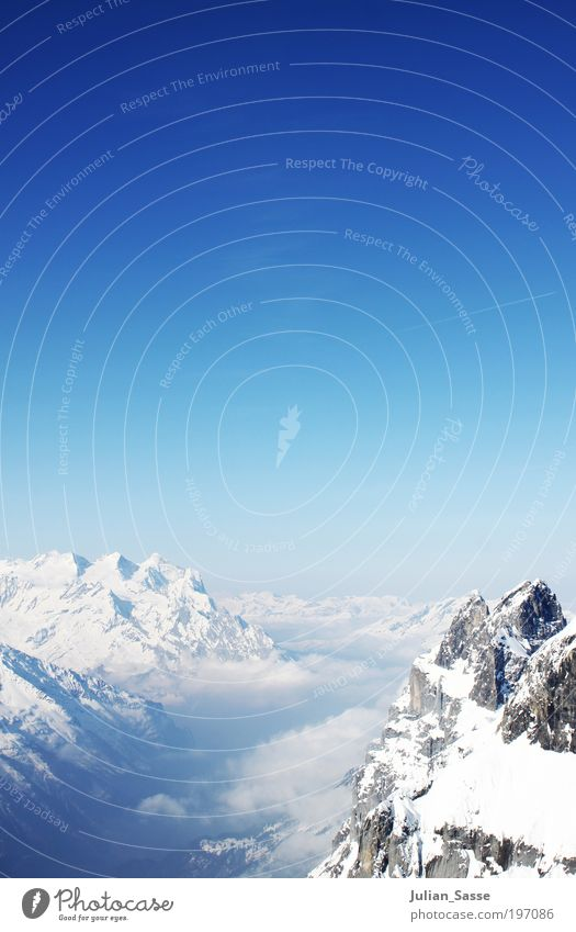 über 3000 m Natur Himmel blau Winter Wolken Berge u. Gebirge Landschaft Luft Eis Zufriedenheit Nebel Umwelt Horizont Erde Frost Klima