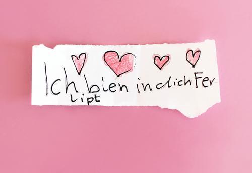 Frühlingsgefühle weiß Erotik Mädchen Liebe Gefühle feminin Schule rosa Kindheit Kreativität Herz einzigartig Lebensfreude Papier Romantik niedlich