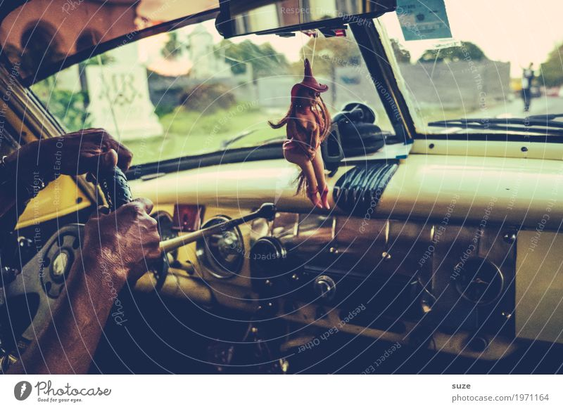 Heißer Scheiß Lifestyle Ferien & Urlaub & Reisen Abenteuer Städtereise Sommer Mensch Mann Erwachsene Arme Kultur Verkehrsmittel Personenverkehr Straßenverkehr