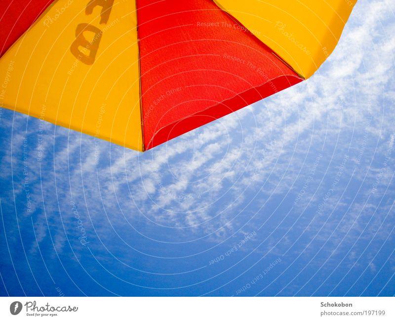 under my umbrella Natur Himmel weiß blau rot Sommer Freude Strand Ferien & Urlaub & Reisen gelb Farbe Erholung oben Freiheit Glück Wärme