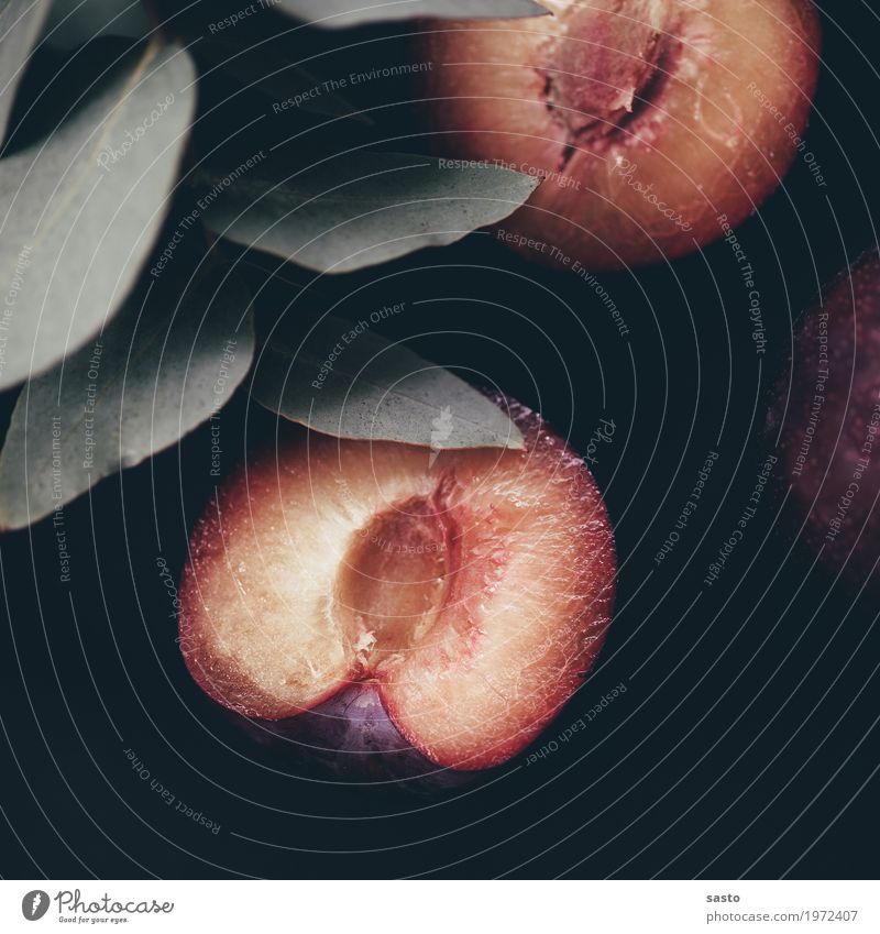 Du Pflaume grün Gesunde Ernährung rot schwarz gelb Gesundheit Lebensmittel Frucht frisch ästhetisch süß lecker Teilung Stillleben reif
