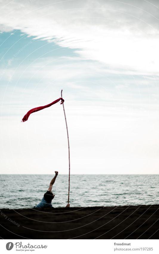 in greifbarer nähe Mensch Mann Wasser Meer Strand Einsamkeit Erwachsene Bewegung Wege & Pfade Arbeit & Erwerbstätigkeit Wind Schilder & Markierungen maskulin