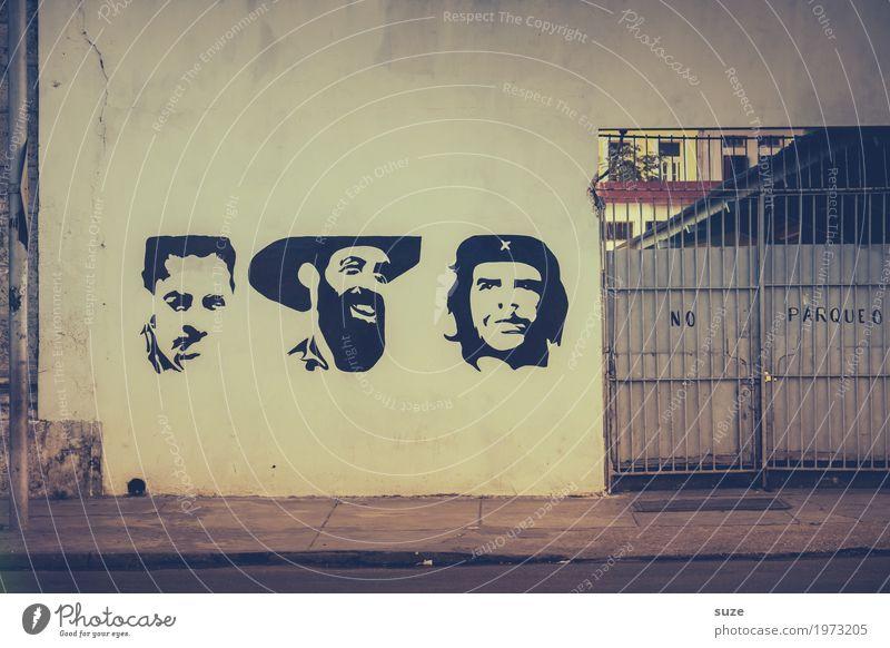 Heldenmythos alt Stadt Haus Straße Graffiti Zeit Freiheit Fassade retro dreckig Kultur Vergänglichkeit Vergangenheit Städtereise Kuba Flair