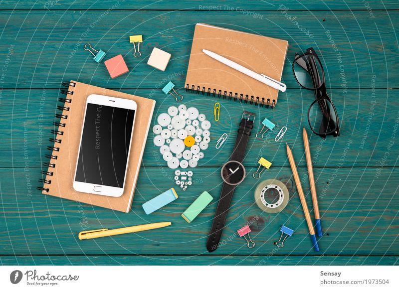 Idee-Konzept lesen Schreibtisch Arbeitsplatz Büro Kapitalwirtschaft Business Telefon PDA Computer Bildschirm Technik & Technologie Schreibstift beobachten blau