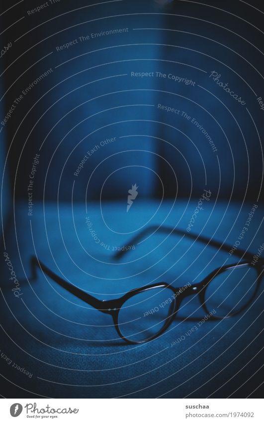 besser sehen Sessel Sofa Häusliches Leben Brille Optik Blick Sehvermögen Lesebrille