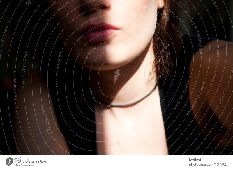 roh Frau Mensch Jugendliche Erwachsene Gesicht feminin Kopf Haare & Frisuren Mund Haut authentisch Lippen 18-30 Jahre Junge Frau Selbstportrait Wahrheit