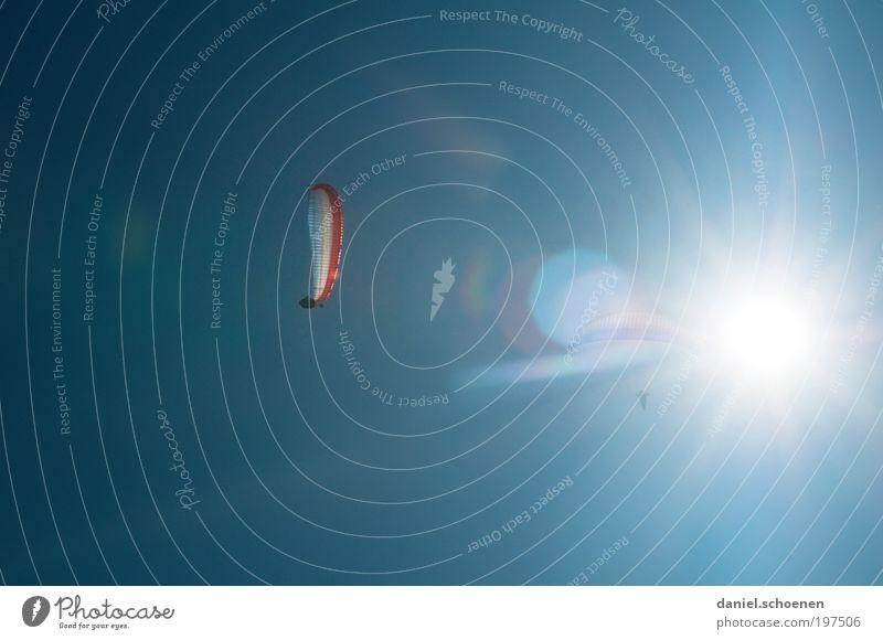 Sonnenenergie Teil 5 Mensch Himmel blau Freude Ferien & Urlaub & Reisen Sport Bewegung Glück Luft Wind fliegen frei Abenteuer Freizeit & Hobby Schönes Wetter