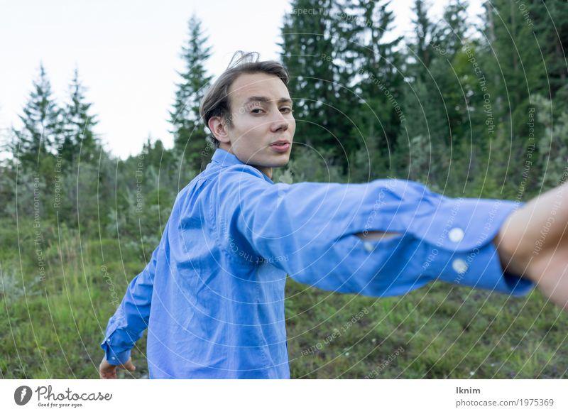 Komm mit! Ferien & Urlaub & Reisen Ausflug Abenteuer maskulin androgyn Junger Mann Jugendliche Erwachsene 1 Mensch 13-18 Jahre 18-30 Jahre Umwelt Natur