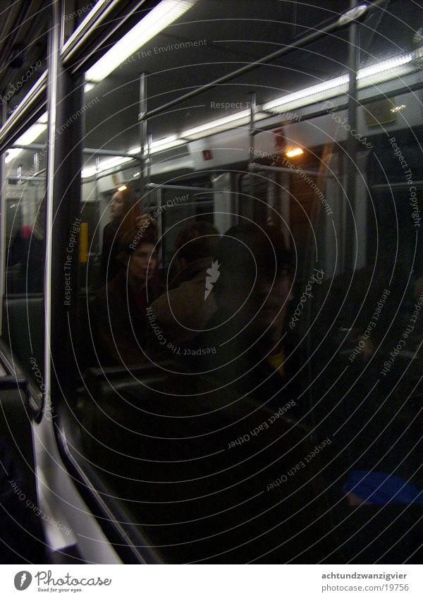 Bahnfahrt ruhig Einsamkeit Eisenbahn Nachtfahrt