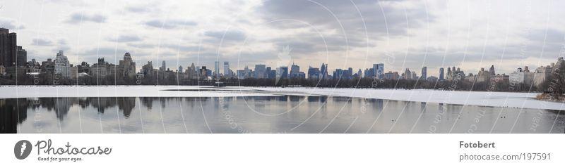 Central Park Skyline Winter Wolken Ferne Schnee Landschaft Hochhaus Natur Wahrzeichen New York City Panorama (Bildformat) Panorama (Aussicht) gigantisch