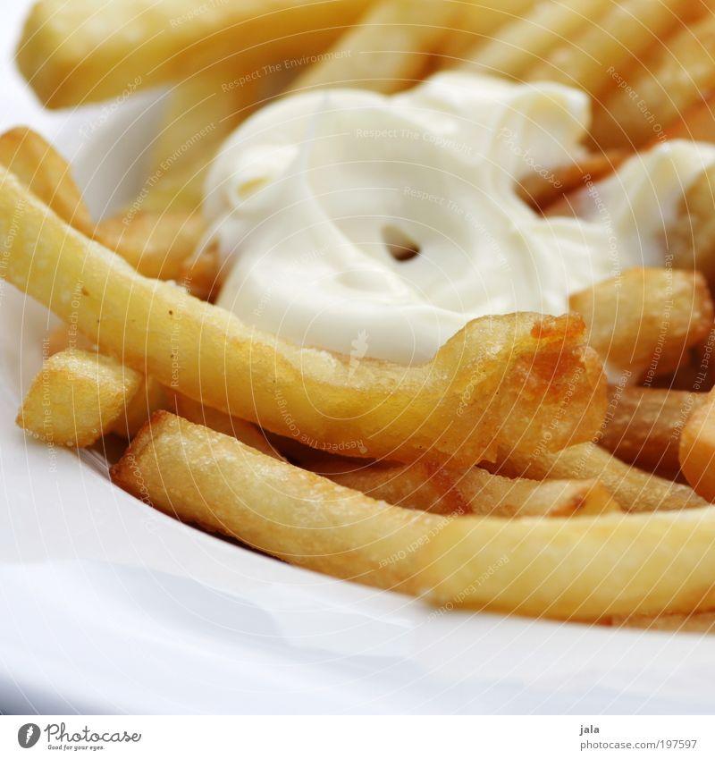 fritten mit majo [LUsertreffen 04|10] Lebensmittel Mayonnaise Pommes frites Mittagessen Fastfood Teller gut heiß Fett knusprig lecker Farbfoto Außenaufnahme Tag