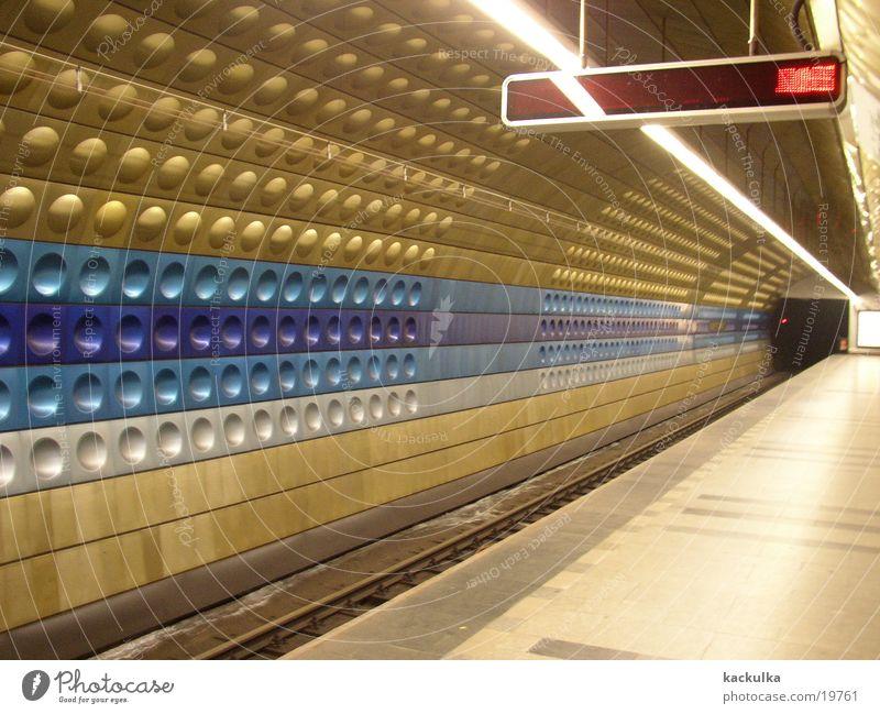 Metro Praha Architektur modern Technik & Technologie U-Bahn London Underground