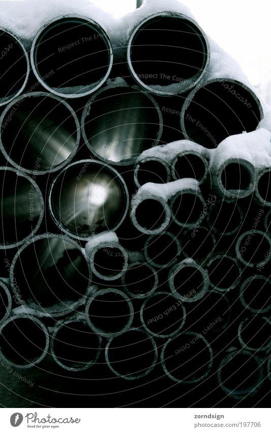 Lichtrohr II Metall Hoffnung Zukunft Baustelle Röhren Eisenrohr Fortschritt Schatten
