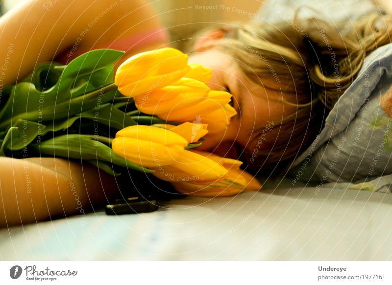 Gelber Morgen Meer Junge Frau Jugendliche Kopf 1 Mensch 18-30 Jahre Erwachsene genießen Lächeln frisch hell niedlich positiv gelb Andriy Jeroschewytsch Odessa