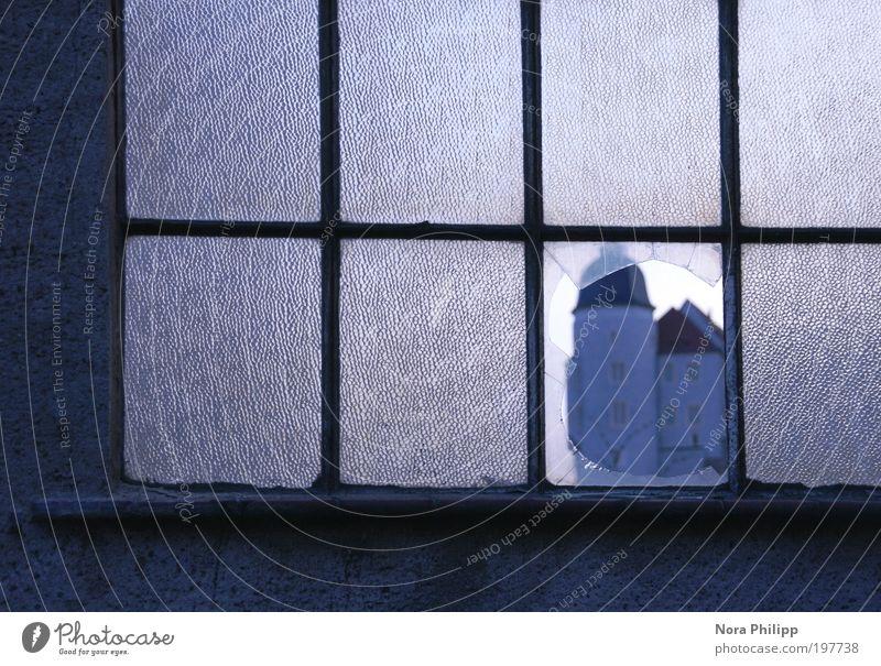 Albrechtsburg blau Städtereise Haus Burg oder Schloss Ruine Bauwerk Gebäude Architektur Fenster ästhetisch träumen Zerbrochenes Fenster Strukturen & Formen Loch