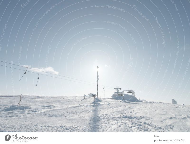 schlepplift IV Himmel Natur Ferien & Urlaub & Reisen blau Wolken Ferne Winter kalt Berge u. Gebirge Schnee Sport Freiheit Eis Tourismus frei Ausflug