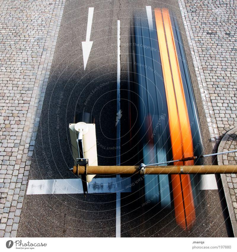 Deadline Straße Wege & Pfade Verkehr Geschwindigkeit Sicherheit Streifen fahren Ziel Güterverkehr & Logistik Beruf Pfeil Verkehrswege Dienstleistungsgewerbe
