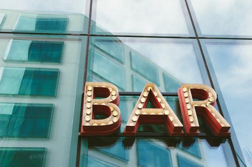 Bar Stadt Wand Party Feste & Feiern Fassade Freizeit & Hobby Schriftzeichen Musik Schilder & Markierungen 3 Buchstaben trinken Werbung Veranstaltung türkis