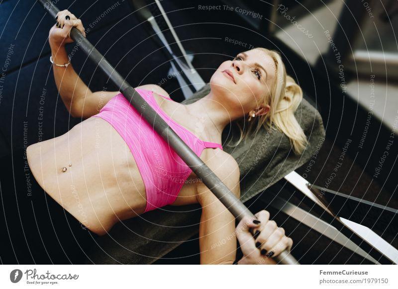 Fitness_44_1979150 Mensch Frau Jugendliche Junge Frau 18-30 Jahre Erwachsene Lifestyle Gesundheit Bewegung Sport feminin rosa blond Kraft Fitness sportlich