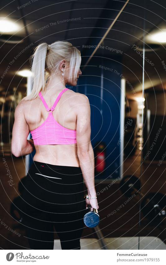 Fitness_29_1979155 Mensch Frau Jugendliche Junge Frau 18-30 Jahre Erwachsene Lifestyle Gesundheit Bewegung Sport feminin rosa blond Rücken Arme