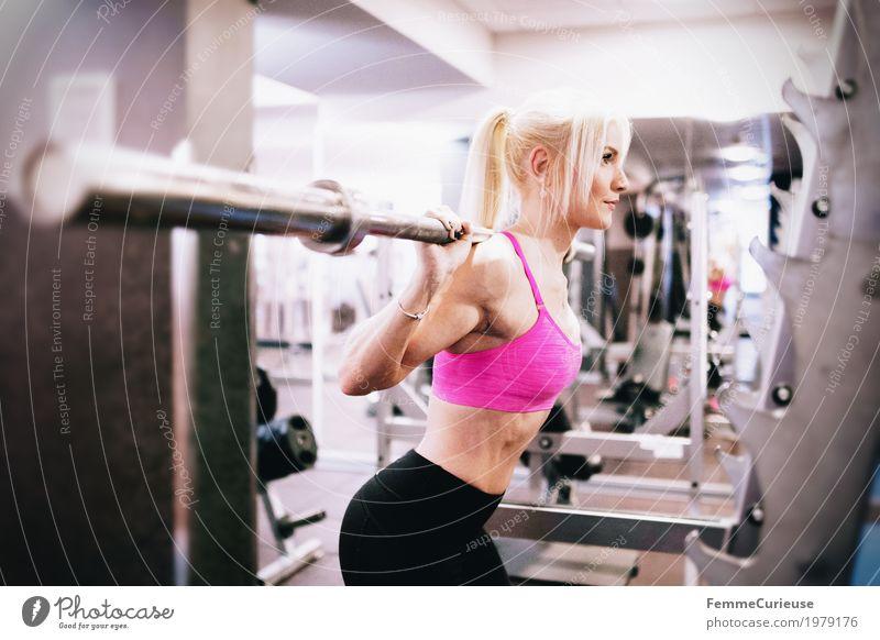 Fitness_15_1979176 Lifestyle feminin Junge Frau Jugendliche Erwachsene Mensch 18-30 Jahre Bewegung Sport sportlich Sportler Fitness-Center üben Sport-Training