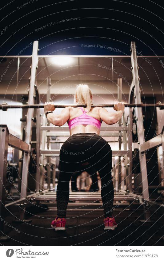 Fitness_39_1979178 Lifestyle feminin Junge Frau Jugendliche Erwachsene Mensch 18-30 Jahre Bewegung Fitness-Center Gesundheit Sport-Training üben Gewichtheben