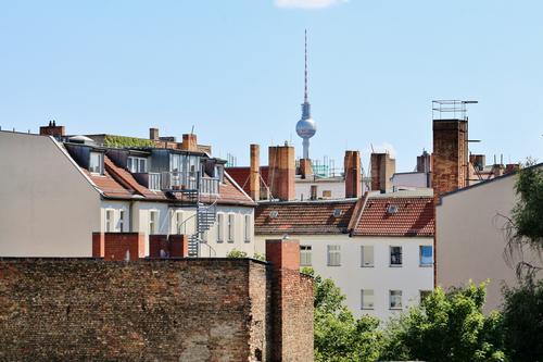 Pappelallee Stadt Haus Dach Netzwerk Sehenswürdigkeit Skyline Hauptstadt Altstadt Stadtzentrum Tradition Schornstein Berliner Fernsehturm