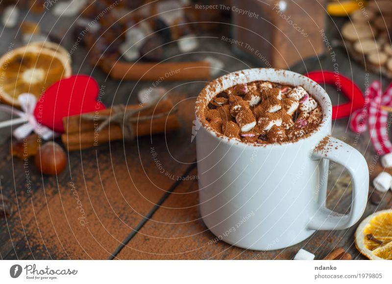 Mit Marshmallows trinken und mit Kakaopulver bestreuen rot Winter Essen Holz grau braun oben Herz Kräuter & Gewürze Getränk lecker Süßwaren heiß Dessert Tasse