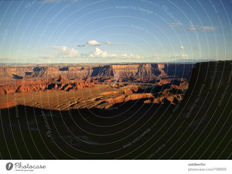 Grand Canyon Schlucht Wüste Arizona USA Stars and Stripes Amerika Felsen Ferien & Urlaub & Reisen Reisefotografie Dämmerung Sonnenuntergang sundowner Schatten