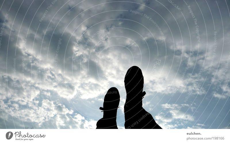walking on sunshine. Himmel Sonne Wolken Luft laufen beobachten atmen Schatten
