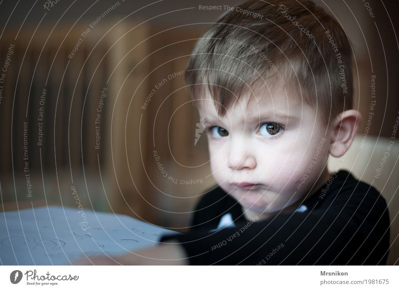 Ach menno... Mensch Kind Kleinkind Junge Kindheit Leben 1 1-3 Jahre frech Sohn Blick lustig Spaßvogel blond schön braunes Auge Kinderspiel Farbfoto