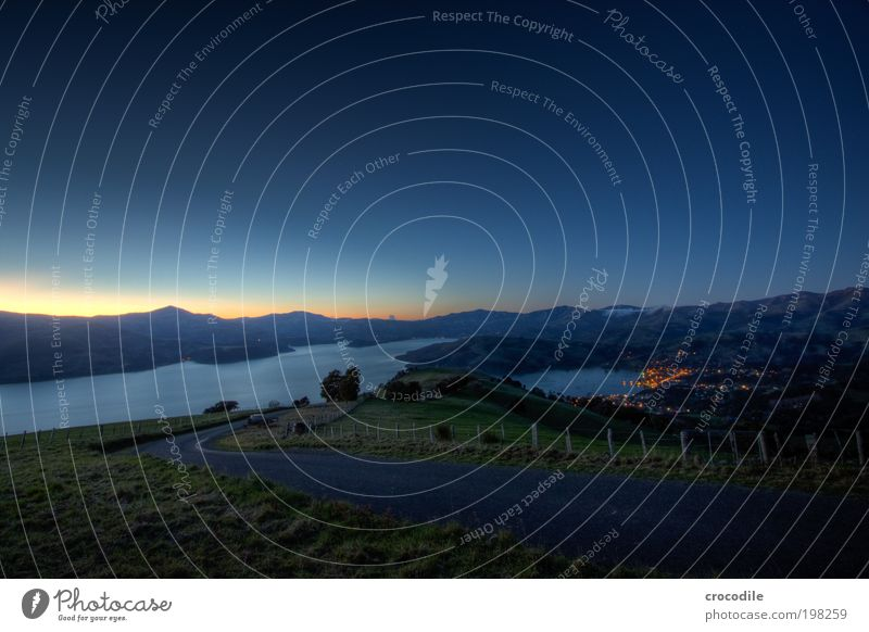 New Zealand XXXI Umwelt Natur Landschaft Erde Wolkenloser Himmel Nachthimmel Stern Horizont Schönes Wetter Hügel Felsen Berge u. Gebirge Gipfel Dorf Fischerdorf