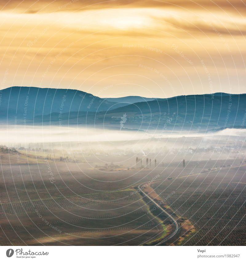 Himmel Natur Ferien & Urlaub & Reisen blau Sommer Farbe weiß Sonne Landschaft Berge u. Gebirge schwarz Umwelt gelb Wiese Wege & Pfade orange