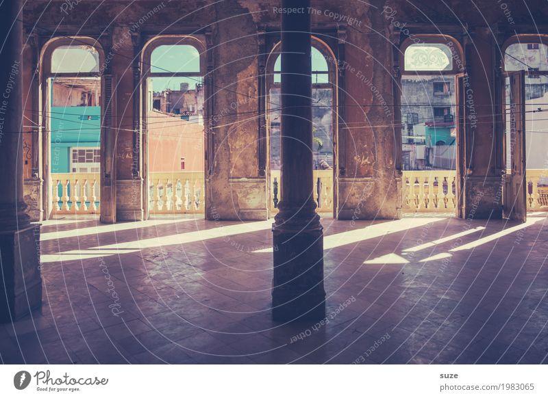 Oberste Etage Ferien & Urlaub & Reisen alt Haus Architektur Innenarchitektur Gebäude Kunst retro Kultur Vergänglichkeit historisch Wandel & Veränderung