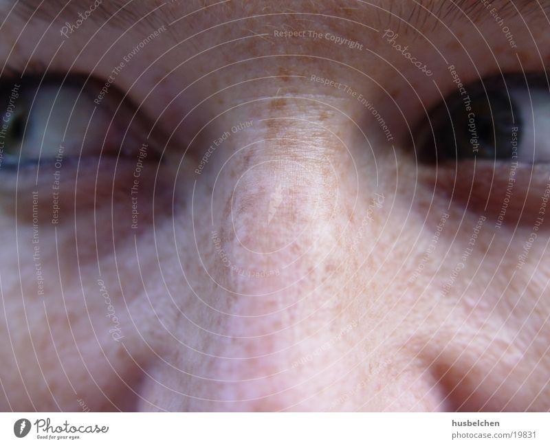 sommersprossen Frau Auge Nase Sommersprossen