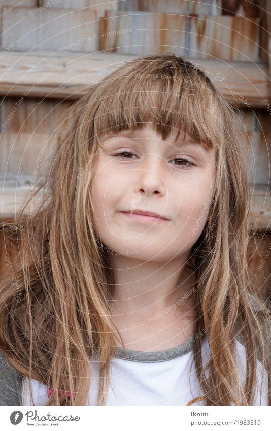 Hey was geht? Gesundheit feminin Kind Mädchen Kindheit Gesicht 1 Mensch 3-8 Jahre 8-13 Jahre langhaarig Coolness frech Freundlichkeit Fröhlichkeit frisch Glück