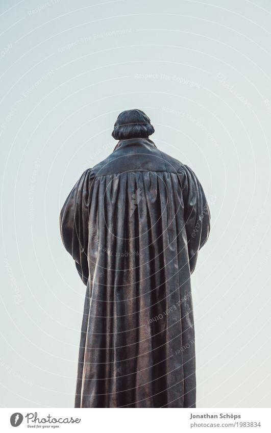 Martin Luther XV 500 Christentum Erfurt Protestantismus Religion & Glaube Gott Jubiläum Orientierung Reform Rede Blauer Himmel Farbfoto Statue Denkmal