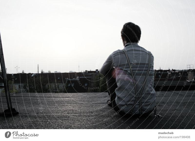 Du bist wunderschön Mann Jugendliche Stadt ruhig Erwachsene Einsamkeit Erholung Berlin Freiheit Gefühle Glück Stil träumen Zufriedenheit maskulin frei
