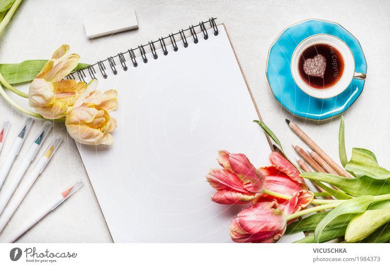 Tulpen, Notizblock mit bunte Marker und Kaffeetasse Blume Lifestyle Liebe Hintergrundbild feminin Stil Feste & Feiern Design rosa Büro Dekoration & Verzierung
