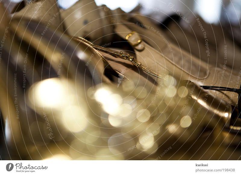 fetisch? Stil Mode Feste & Feiern Schuhe gold glänzend elegant Gold Dekoration & Verzierung Lifestyle Bekleidung Kitsch Club Reichtum Leder schick