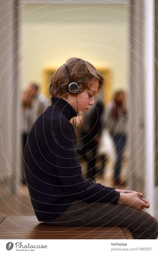 bilder einer ausstellung Mensch Kind Junge Kunst Menschengruppe Kindheit Technik & Technologie sitzen Telekommunikation Kultur lernen Bildung 8-13 Jahre Internet Gemälde Handy