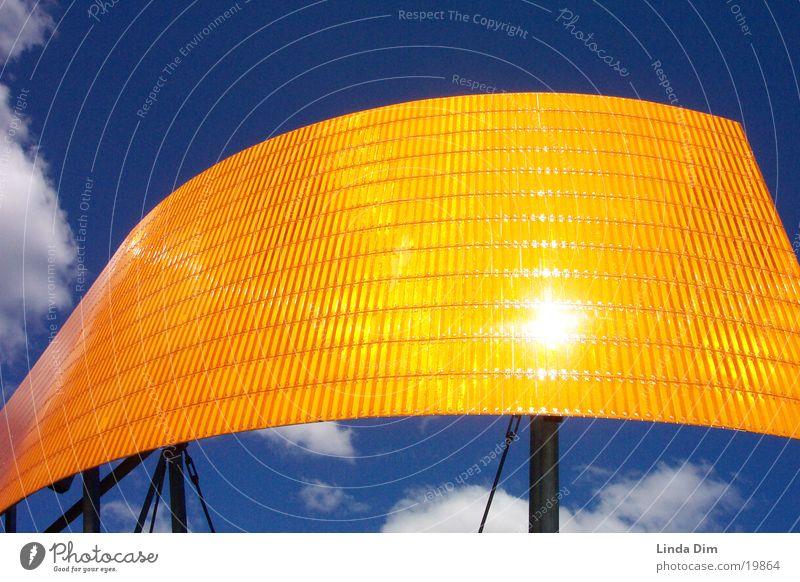 Orange-Blue 02 Kunst Kunstwerk Dinge Denkmal Industrieskulptur Licht Wolken Reflexion & Spiegelung orange blau Himmel