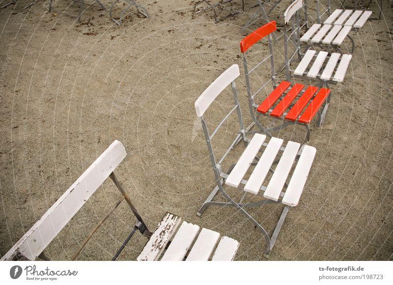 Überraschungsgast weiß Meer rot Sommer Strand Ferien & Urlaub & Reisen Sand Regen Feste & Feiern warten Ausflug Tourismus Stuhl Konzert Restaurant Veranstaltung