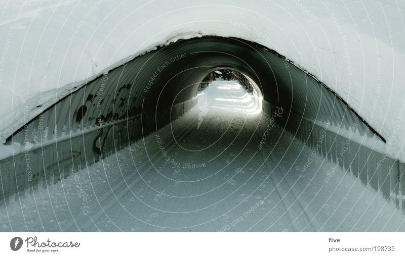 tunnelblick Ferien & Urlaub & Reisen Tourismus Ausflug Ferne Freiheit Winter Schnee Winterurlaub Sport Wintersport Langläufer Straße Wege & Pfade Tunnel kalt