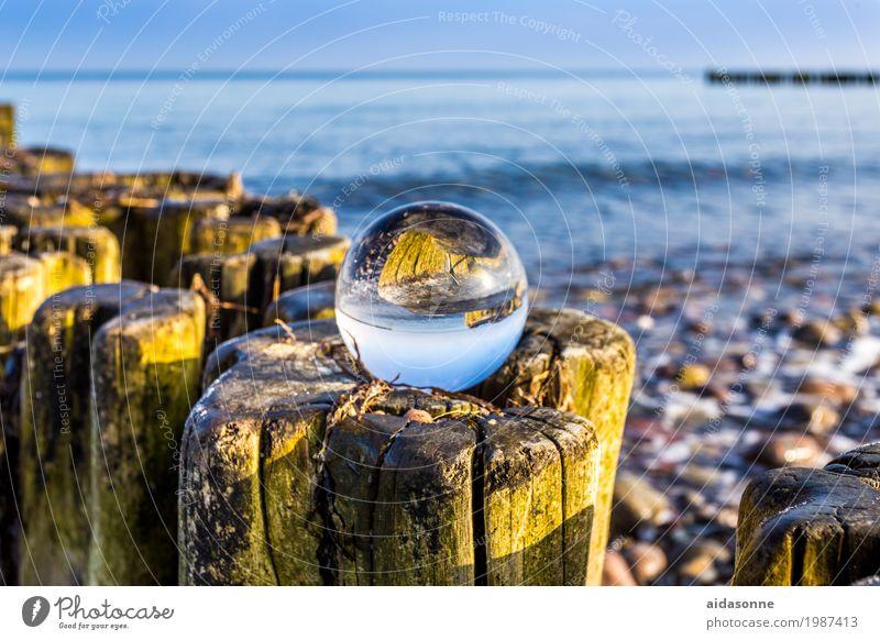 Glaskugel an der Ostsee Wasser Landschaft Strand Zufriedenheit Schönes Wetter Optimismus
