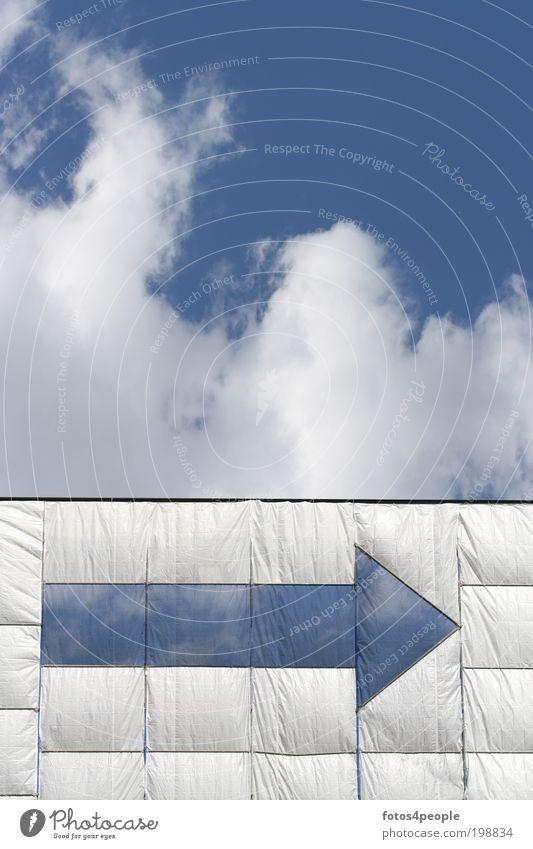 Windweg Natur blau weiß Ferien & Urlaub & Reisen Ferne Umwelt Bewegung Luft Wetter Wind Klima Energiewirtschaft Wandel & Veränderung Urelemente Baustelle Zeichen