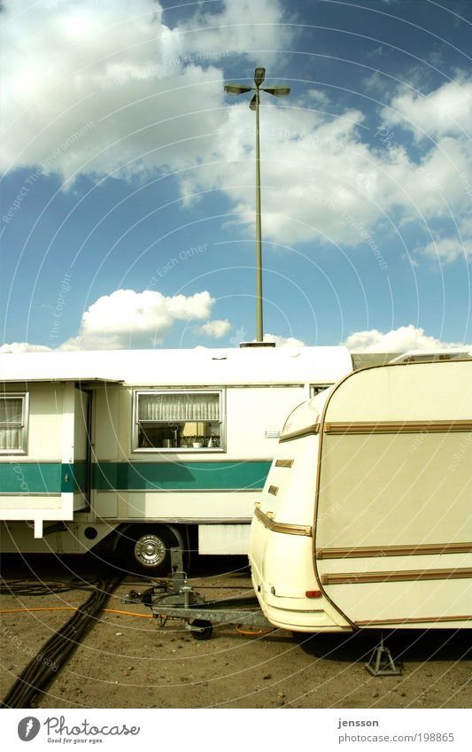 Rollin' Home Sweet Home Himmel Sommer Wolken Stil Freiheit Wohnung Freizeit & Hobby Häusliches Leben Veranstaltung Jahrmarkt Camping Arbeitsplatz Wohnmobil