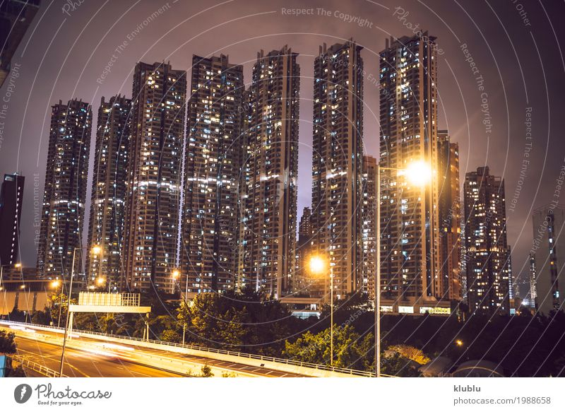 Ein Verkehr in der Stadt in der langen Belichtung, Hong Kong Ferien & Urlaub & Reisen Landschaft Straße Leben Bewegung Tourismus Ausflug PKW modern Aktion Asien